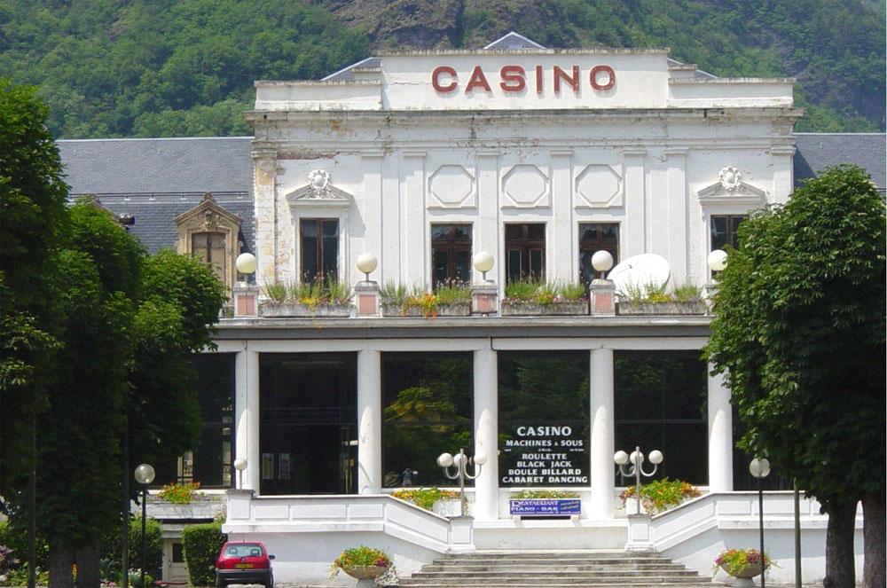 Supermarch casino luchon casino wedding chapel las vegas